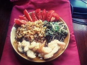 Мой обед - плов и местная зелень, с креветками :) My lunch  - pilau and local greens with prawns.